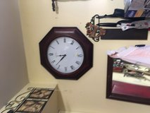 "Electric clock 22"" in Conroe, Texas"