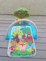 VTech Playmat Baby Mat Glow n Giggle Playmat and Play Gym 6 musical Songs in Camp Pendleton, California