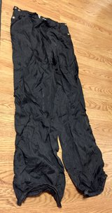 Skyr Black Zip Sides 100% Nylon Wind Pants  (L) in Glendale Heights, Illinois