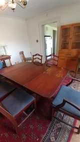 Antique Table & 6 Chairs in Warner Robins, Georgia