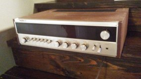 Quadraflex 868 AM/FM stereo receiver in Houston, Texas