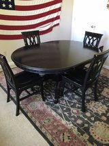 Dining Table & Chairs in Fort Rucker, Alabama