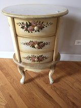 French Decorative Table in Naperville, Illinois