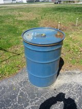 55-GAL. DRUM; CLEAN; NO-RUST INSIDE; NOT FOR POTABLE WATER; WITH LID & CLAMP in Fort Leonard Wood, Missouri