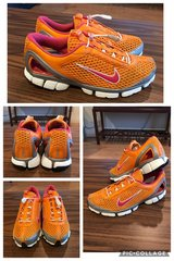 Nike Dynamic Heel Fit Zoom Air(woman)size 8.5 in Okinawa, Japan