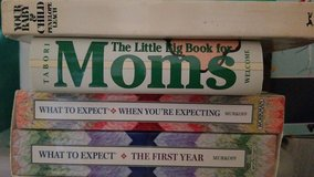 4 Pregnancy Books in 29 Palms, California