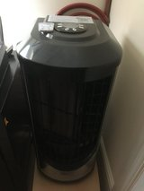 220V AC AIR CONDITIONER WITH REMOTE in Lakenheath, UK