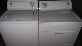 Whirlpool washer dryer set for sale in Leesville, Louisiana