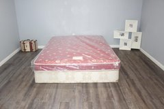 Queen size Sears deluxe Mattress in Tomball, Texas