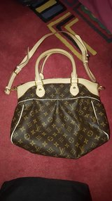 LV purse handbag in Plainfield, Illinois