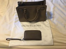 Micheal Kors Purse and a matching Clutch Wallet in Travis AFB, California