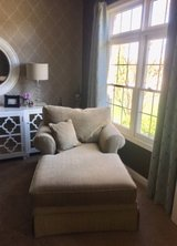 Great comfy chaise in Bolingbrook, Illinois