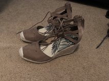 Wedge lace up shoes size 7 in Fort Leonard Wood, Missouri