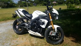2013 Truimph Street Triple 675 With Ohlins & Brembos in Okinawa, Japan