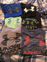 Under armour T-shirt's in Fort Leonard Wood, Missouri