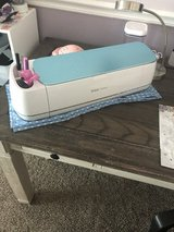 Cricut maker bundle in Fort Leonard Wood, Missouri