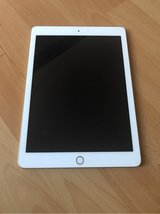 iPad 5th gen gold in Ramstein, Germany