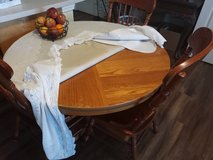 Wooden Kitchen table set w/ 6 chairs in Fort Campbell, Kentucky