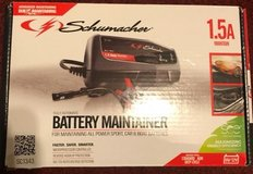 Car battery charger/maintainer.. like new in Fort Campbell, Kentucky