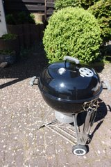 22.5 Inch Weber Grill with Charcoal Starter and Carrier in Ramstein, Germany