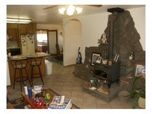 122 Nice 3 Bed 2 Bath,Refrig AC. Large Kitchen,Dine in Kitching area,Tv Room,Large front and bac... in Alamogordo, New Mexico
