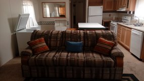 Couch/matching love seat in Alamogordo, New Mexico