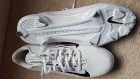 Nike Flywire Men's Baseball Cleats in Plainfield, Illinois