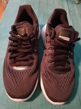 NIKE Lunar Glide Athetic Shoes 8W in Spring, Texas