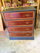 extra clean solid wood dresser in Camp Lejeune, North Carolina