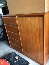 Bedroom Set - 2 Chest of Drawers and 2 night stands only (no bed frame) in Lockport, Illinois
