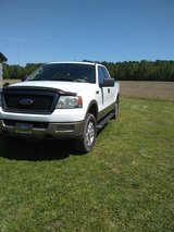 2004 Ford F-150 Lariat supercab in Camp Lejeune, North Carolina
