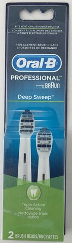 Braun Oral B Electric Toothbrush w/2 New Brushes in Okinawa, Japan
