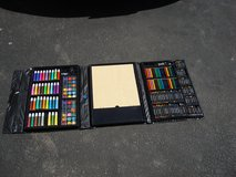 CRAYONS AND PAINT SET in Yorkville, Illinois