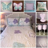 girls full Queen Butterfly bedding & accessories in Plainfield, Illinois