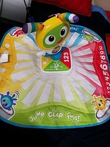 Fisher Price Bright Beats Learning Mat in bookoo, US