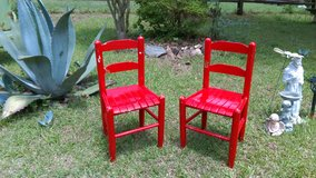 Pair children's chairs in Warner Robins, Georgia