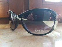 Guess Sunglasses Black New in Ramstein, Germany