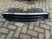 MINI COUNTRYMAN R60 FACELIFT FRONT BUMPER GRILL, GENUINE in Ramstein, Germany