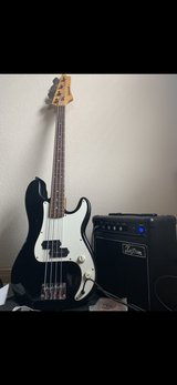 Johnson Precision 4 strong bass guitar/Amp in Houston, Texas