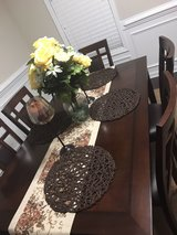 6 seat dinning room table leather cushions in Camp Lejeune, North Carolina