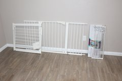 Baby Gate and 2 extra Extensions in CyFair, Texas
