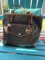 Authentic used Coach, Michael Kors, and Dooney & Bourke purses in Cherry Point, North Carolina