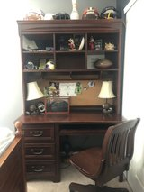 Stanley Young America Desk and Hutch in Naperville, Illinois