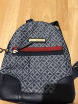 tommy hilfiger bag in Ramstein, Germany