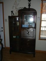 Gorgeous Tiger Oak Secretary - Museum Quality - One of a Kind! in Alamogordo, New Mexico