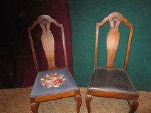 Dining room chairs in Naperville, Illinois