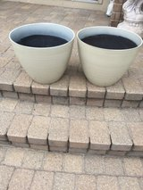 2MATCHING DECORATIVE LIGHT TAN FLOWER POTS in Naperville, Illinois