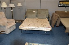 Love Seat Hide a bed   Good mattress in Tacoma, Washington