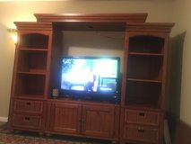 Nice Entertainment center in Fort Knox, Kentucky