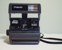 Polaroid One Step 600 Instant Camera With Strap Tested and Working in Cary, North Carolina